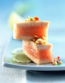 Seared tuna with ginger and peanut sauce