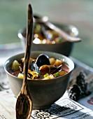 Miesmuschel-Ananas-Curry