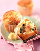 Ham, pea and cheese savoury cakes
