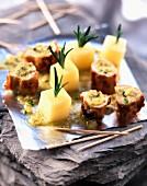 Appetithäppchen mit Kaninchen und Emmentaler