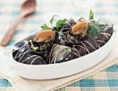 Mussels stuufed with harbs