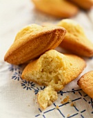 Madeleines (topic: cooking for children)