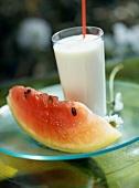 Erfrischende Wassermelonenmilch
