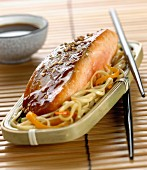 Glazed salmon with bean sprouts