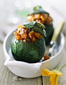 round courgette stuffed with poultry