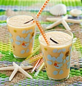 Melon milkshake ( topic : in the open air)