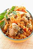 Jambalaya (Kreolischer Reistopf mit Garnelen und Wurst, USA)