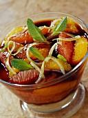 Agar-Agar-Gelee mit Zitrusfrüchten und Apfel