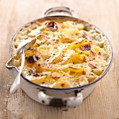 Gratin dauphinois (topic: bakes)