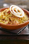 Onion and thyme gratin