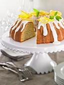Lemon wreath cake