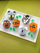 Funny animal cupcakes