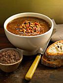 Chorba Frik (afrikanische Suppe)