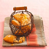 Financiers (French almond biscuits) with flaked almonds