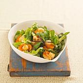 Feldsalat mit Jakobsmuscheln und Vanille-Öl