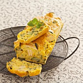 Savoury loaf cake with chicken, courgette and mimolette cheese