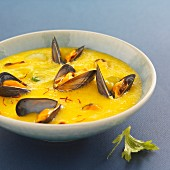 Cream of mussel soup with saffron