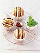 Mini cakes with mint, Szechuan pepper and tri-chocolate glaze