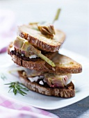 Marius sandwich with artichokes and fresh goat's cheese