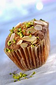Small almond and pistachio cake