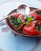 Red peppers stuffed with coriander