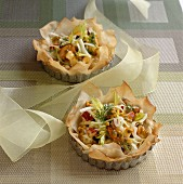 Crispy filo pasties with mussels