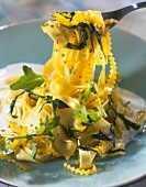 Tagliatelles with lemon and rocket