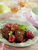 Gingerbreaded veal's liver with strawberries