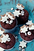 Small chocolate Moelleux with cinnamon stars
