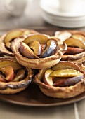 Plum and coffee tartlets