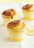 Zitronen-Ingwer-Soufflé mit Zimt