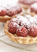 lemon and raspberry tartlets