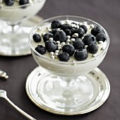 Champagne mousse with bilberries