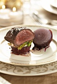 Venison fillet with red onion