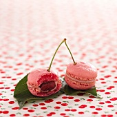 Sour griotte cherry and cinnamon macaroons