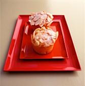 Mini almond cakes