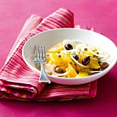 Orange,olive,onion and caper salad