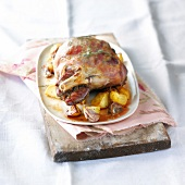 Shoulder of lamb cooked with shallots