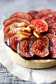 Fig and pine nut tartlet