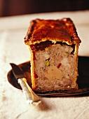 Tradionnal foie gras crust paté