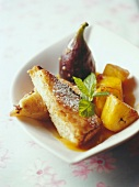 French toast with pineapple and fig cooked in wine