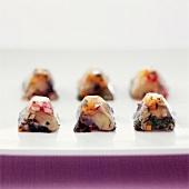 Aspik-Häppchen mit Austern und Gemüse