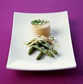 Pan-fried green asparagus with foie gras