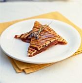 Crunchy fig jam tart