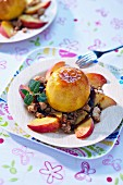 Peaches roasted with honey