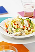 Tagliatelles with chicken and grilled zucchinis