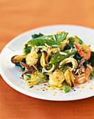 Meeresfrüchtesalat mit Curry