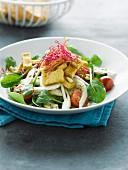 Fennel, spinach, tomato and tofu salad