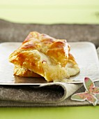 Ham and mozzarella individual flaky pastry pie