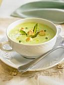 Cream of wild asparagus soup